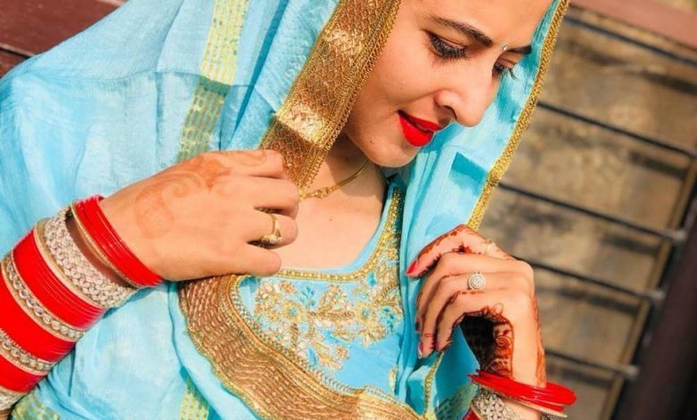 Photo of Punjabi Married Bhabi Beautiful Photos 2020